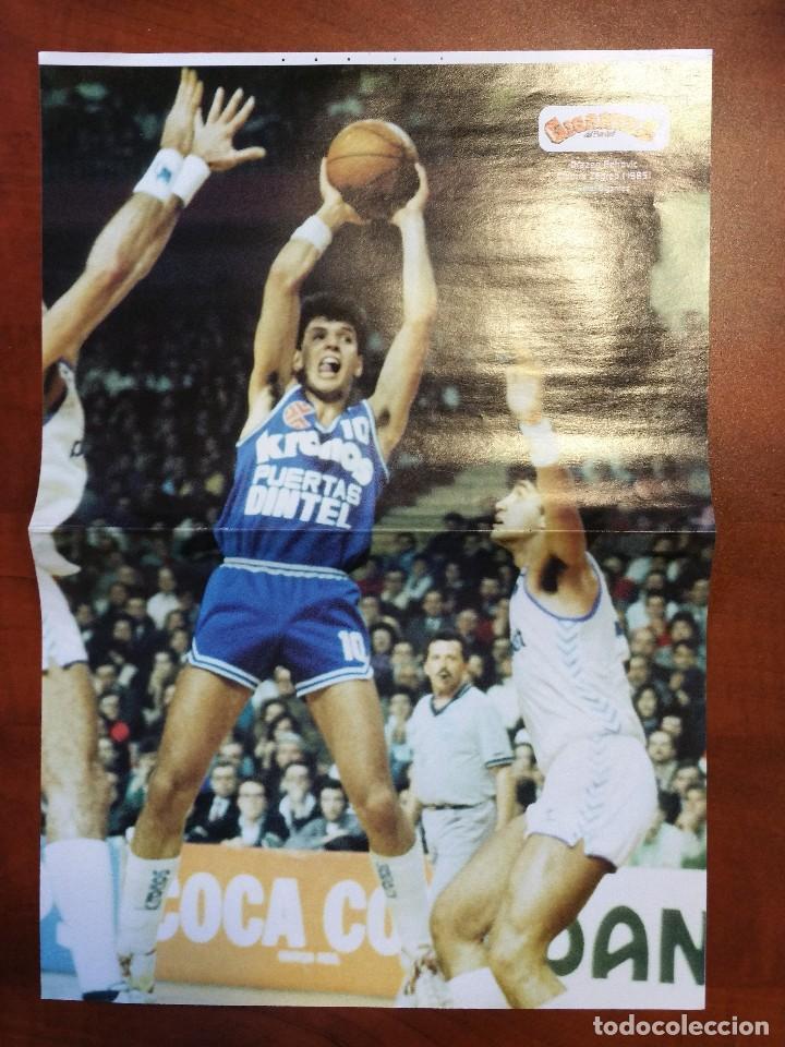 DOBLE POSTER DRAZEN PETROVIC. CIBONA 1985. LARRY BIRD BOSTON 1985 (Coleccionismo Deportivo - Carteles otros Deportes)