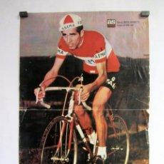 Coleccionismo deportivo: FEDERICO MARTIN BAHAMONTES POSTER ORIGINAL DE 51 X 33 CMS GANADOR DEL TOUR 1959 AS CICLISMO. Lote 87563052