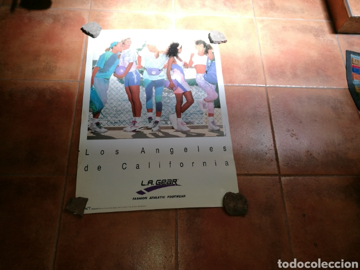 RARO CARTEL PUBLICIDAD DE L. A. GEAR. AÑOS 90. ORIGINAL. MIDE 68 X 49 CENTÍMETROS (Coleccionismo Deportivo - Carteles otros Deportes)