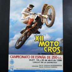 Coleccionismo deportivo: CARTEL POSTER XII MOTO CROSS DE PRIMAVERA OLOT 1986 CAMPEONATO ESPAÑA 250 CC 47X33 CM,CROS MOTOCROSS. Lote 99135067