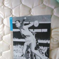 Coleccionismo deportivo: PÓSTER LA VANGUARDIA - FOTOS OLÍMPICAS: ALFRED OERTER (DISCÓBOLO), JUEGOS OLÍMPICOS BARCELONA '92. Lote 102444199