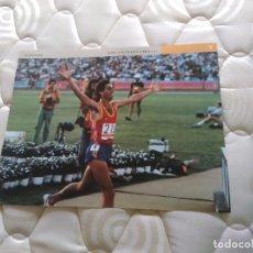 Coleccionismo deportivo: PÓSTER LA VANGUARDIA - FOTOS OLÍMPICAS: ABASCAL LOS ÁNGELES 1984, JUEGOS OLÍMPICOS BARCELONA '92. Lote 102444347