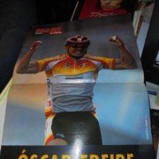 Coleccionismo deportivo: POSTER CICLISMO - OSCAR FREIRE CAMPEON DEL MUNDO 1999 - JAMAS USADO IMPECABLE. Lote 105594571