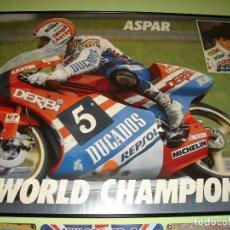 Coleccionismo deportivo: GRAN POSTER DE JORGE MARTINEZ ASPAR SOBRE DERBI 125CC.. Lote 108716331