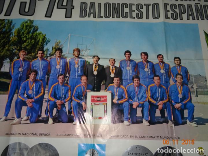 Coleccionismo deportivo: Antiguo Cartel de Selecciones Españolas de Baloncesto del Año 1973-74 Año Plata Baloncesto Español - Foto 8 - 139244554