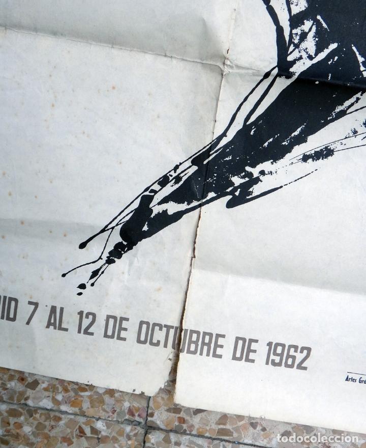 Coleccionismo deportivo: CARTEL DEPORTES , ATLETISMO , JUEGOS ATLETICOS IBEROAMERICANOS MADRID , 1962 ,ORIGINAL - Foto 3 - 166159374
