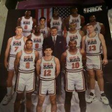 Coleccionismo deportivo: S2. 44. . PÓSTER NBA. DREAM TEAM. BALONCESTO. JORDAN. MAGIC JOHNSON. OLIMPIADAS BARCELONA 1992. Lote 173898343