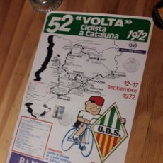 Coleccionismo deportivo: CARTEL 52 VOLTA CICLISTA CATALUNYA 1972 CON SELLO Y TAMPON. Lote 176003700