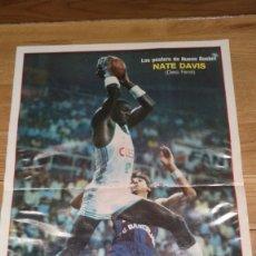 Coleccionismo deportivo: POSTER NATE DAVIS. CLESA FERROL. NUEVO BASKET. Lote 177230462