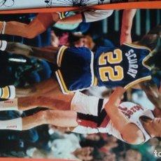Coleccionismo deportivo: DOBLE POSTER FERNANDO MARTIN. PORTLAND TRAIL BLAZERS 1986. SERGIO RODRIGUEZ 2006. Lote 177457763