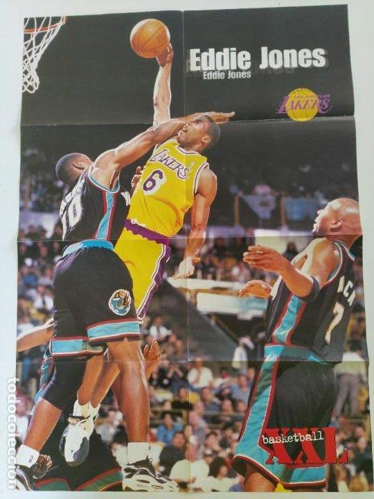 Coleccionismo deportivo: LOTE 13 PÓSTERS GIGANTES NBA AÑOS 90/00 (REVISTA XXL BASKET) - KOBE BRYANT, GARNETT, EWING, CARTER.. - Foto 2 - 190095851
