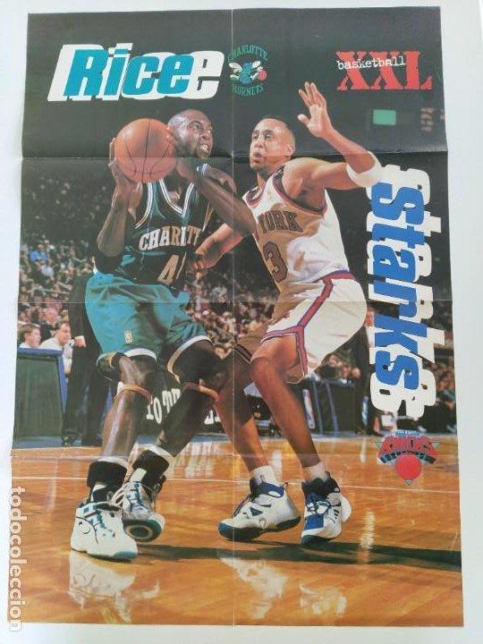 Coleccionismo deportivo: LOTE 13 PÓSTERS GIGANTES NBA AÑOS 90/00 (REVISTA XXL BASKET) - KOBE BRYANT, GARNETT, EWING, CARTER.. - Foto 9 - 190095851
