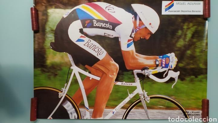 PÓSTER DE MIGUEL INDURÁIN EQUIPO BANESTO. AÑOS 90 (Coleccionismo Deportivo - Carteles otros Deportes)