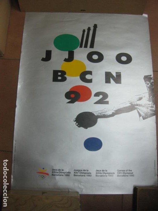 CARTEL JUEGOS OLIMPICOS BARCELONA 92. ALBERT ISERN. 70 X 48 CM. (Coleccionismo Deportivo - Carteles otros Deportes)