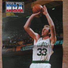 Coleccionismo deportivo: PÓSTER LARRY BIRD (REVISTA OFICIAL NBA). Lote 193450402