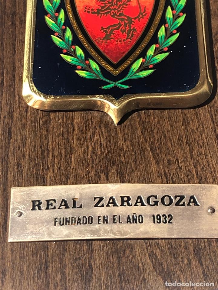 Coleccionismo deportivo: METOPA CON ESCUDO REAL ZARAGOZA - Foto 3 - 195175692