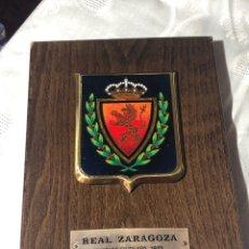 Coleccionismo deportivo: METOPA CON ESCUDO REAL ZARAGOZA. Lote 195175692