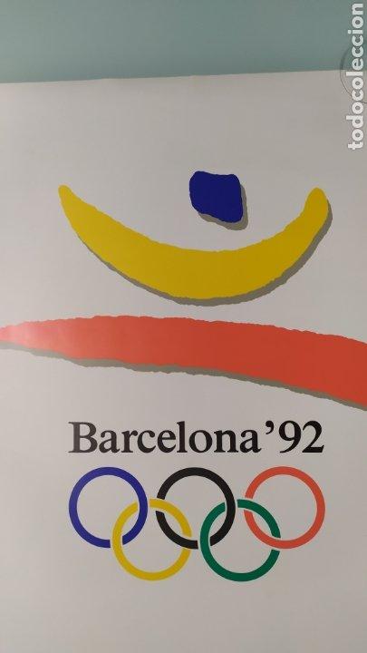 Coleccionismo deportivo: CARTEL OFICIAL DE BARCELONA 92 EDITADO POR EL COOB92 AÑO 1988. TAMAÑO 70x50 DE JOSEP M. TRIAS.NUEVO - Foto 7 - 203879341