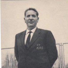 Coleccionismo deportivo: S.D. KAS -CICLISMO - DALMACIO LANGARICA DIRECTOR DEPORTIVO 1967 / FOTO ALGUERSUARI - FOURNIER. Lote 219082905