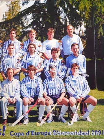 Coleccionismo deportivo: CARTEL DEL CLUB EGARA - SORT CAMPIONS - COPA DEUROPA BLOEMENDAAL ANY 2001 - - Foto 4 - 220493086