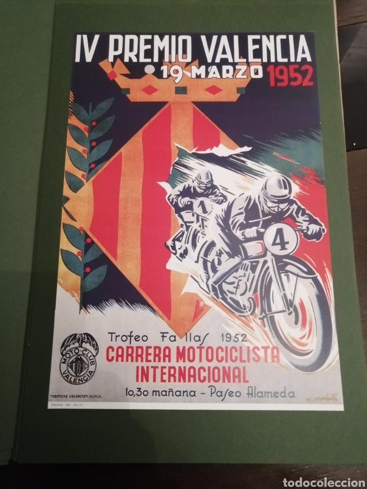 Coleccionismo deportivo: Lote de 12 Carteles Diferentes Premios y Campeonatos de Motociclismo - Foto 8 - 230267975