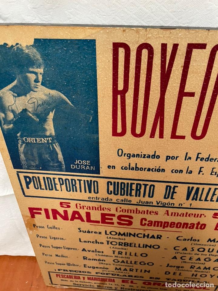 Coleccionismo deportivo: CARTEL ENMARCADO SOBRE TABLA - JOSÉ DIRAN BOXEO - Foto 2 - 237676860