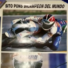 Coleccionismo deportivo: POSTER MOTOCICLISMO SITO PONS BICAMPEON DEL MUNDO DE 250 CC 1989 1990 PUBLICIDAD ELLESSE (R). Lote 238229945