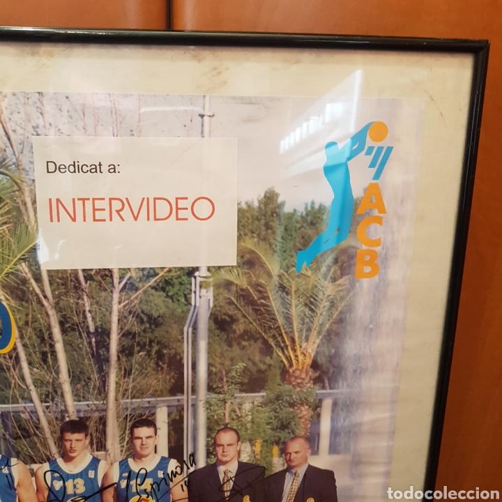 Coleccionismo deportivo: PÓSTER ENMARCADO C.B.GIRONA 99-00 FIRMADO - Foto 5 - 251985200