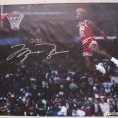 Coleccionismo deportivo: PÓSTER CARTEL MICHAEL JORDAN TAMAÑO GIGANTE (60,5 X 91,5 CM) CHICAGO BULLS. BALONCESTO NBA. Lote 272937038