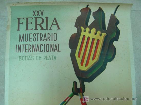 Carteles Feria: XXV FERIA MUESTRARIO INTERNACIONAL BODAS DE PLATA VALENCIA - AÑO 1947 - ILUSTRADO POR CALANDIN - Foto 2 - 26724262