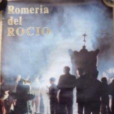 Carteles Feria: ALMONTE, HUELVA,1981, CARTEL DE LA ROMERIA DEL ROCIO, ESPECTACULAR,48X68 CMS. Lote 101674235