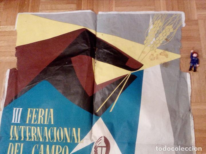 Carteles Feria: CARTEL LITOGRAFICO, ANTIGUO. AÑO 1956 1m x 69cm.EL ORIGINAL.JUAN JOSE MORALES,EDICOLOR.MADRID. - Foto 3 - 103171247