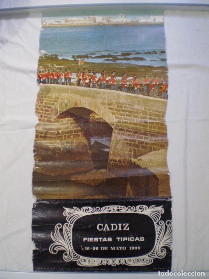 CARNAVAL DE CADIZ CARTEL FIESTAS TIPICAS GADITANAS 1968 (Coleccionismo - Carteles Gran Formato - Carteles Ferias, Fiestas y Festejos)