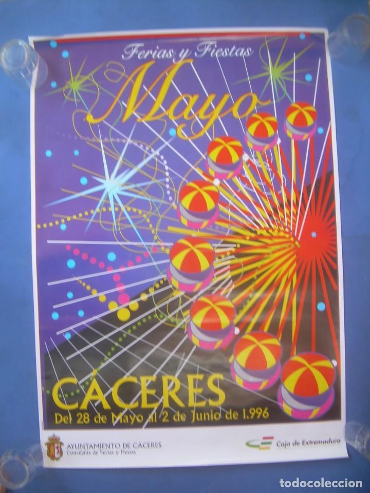 CARTEL CÁCERES FERIAS Y FIESTAS MAYO SAN FERNANDO 1996 (Coleccionismo - Carteles Gran Formato - Carteles Ferias, Fiestas y Festejos)
