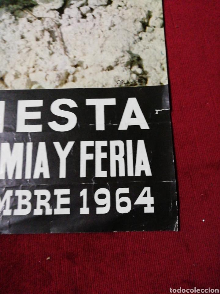 Carteles Feria: Antiguo cartel XIII Fiesta de la Vendimia y Feria. Jerez 1964 - Foto 4 - 139948200