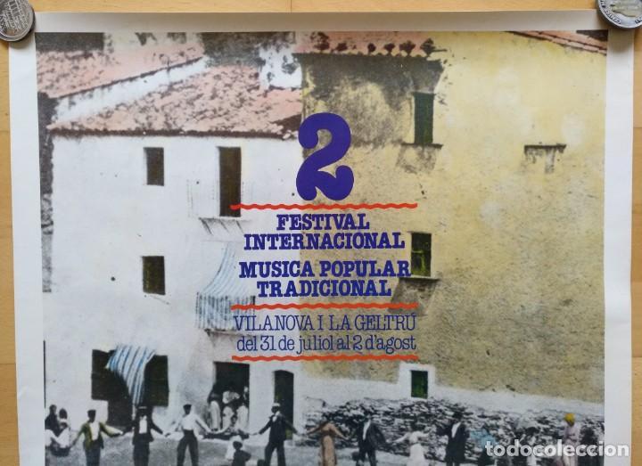 Carteles Feria: CARTEL 2 FESTIVAL INTERNACIONAL MUSICA POPULAR TRADICIONAL VILANOVA I LA GELTRU 1982 - Foto 3 - 143970050