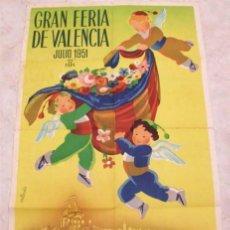 Carteles Feria: CARTEL GRAN FERIA DE VALENCIA 1951. AUTOR CALANDÍN. LIT. S. DURÁ . Lote 147887626