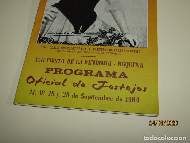 Carteles Feria: Antiguo Programa Oficial de Festejos de XVII Fiesta de la Vendimia de Requena del Año 1964 - Foto 2 - 195137083