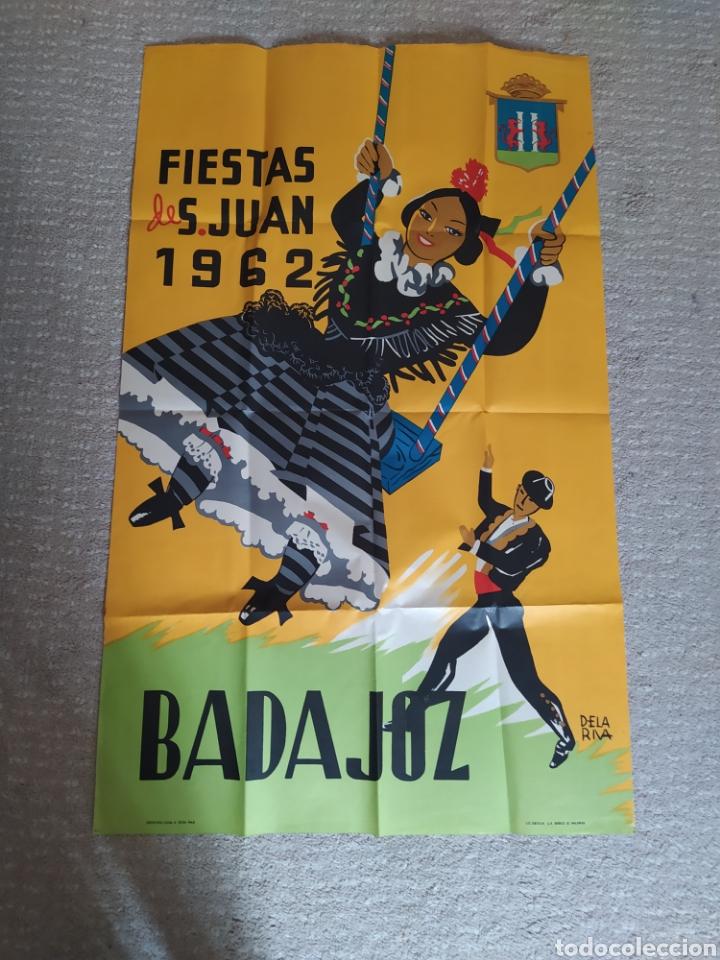 CARTEL ORIGINAL DE FIESTA DE SAN JUAN 1962 BADAJOZ ILUSTRADO POR DELARIVA (Coleccionismo - Carteles Gran Formato - Carteles Ferias, Fiestas y Festejos)