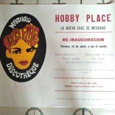 Carteles Feria: HOBBY PLACE DISCOTHEQUE MATARÓ ***** GRAN CARTEL AÑOS SESENTA HIPPIE POP ART 58 X 46 CMS. Lote 295519208