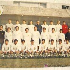 Coleccionismo deportivo: CARTEL FUTBOL REAL MADRID 1961 PLANTILLA. Lote 26684420