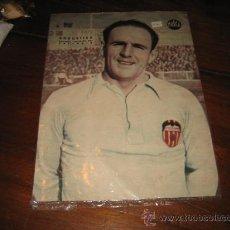 Coleccionismo deportivo: GOROSTIZA EXTREMO IZQUIERDA DE VALENCIA LAMINA DEL MARCA. Lote 11449861