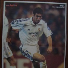 Coleccionismo deportivo: POSTER REAL MADRID : RAUL 2002-03. Lote 26530410