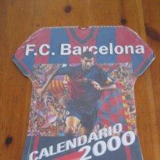 Coleccionismo deportivo: GUARDIOLA EN EL CALENDARIO F.C. BARCELONA 2000 / FORMATO MAYOR TIPO CAMISETA. Lote 22079460