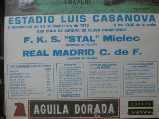 Coleccionismo deportivo: XXII COPA DE EUROPA DE CLUBES DE CAMPEONES-REAL MADRID-F.K.S. STAL MIELEC (POLONIA) AÑO 1976 AMANCIO - Foto 3 - 194394095
