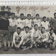Coleccionismo deportivo: CARTEL FOTO OFICIAL DE FUTBOL DEL CADIZ F. SILVESTRE FIRMADA A MANO POR CADA JUGADOR CON MATASELLOS. Lote 26014544