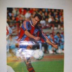 Coleccionismo deportivo: POSTER HRISTO STOICHKOV FC BARCELONA INTERCONTINENTAL 1992. Lote 31173560