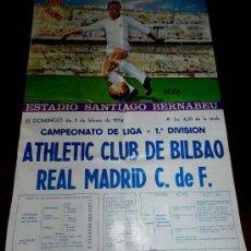 Coleccionismo deportivo: ANTIGUO CARTEL DEL ESTADIO DE FUTBOL SANTIAGO BERNABEU DE MADRID. PARTIDO ATHLETIC CLUB DE BILBAO - . Lote 31557451