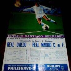Coleccionismo deportivo: ANTIGUO CARTEL DEL ESTADIO DE FUTBOL SANTIAGO BERNABEU DE MADRID. PARTIDO REAL OVIEDO - REAL MADRID . Lote 31557477