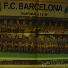 Coleccionismo deportivo: POSTER CENTRAL EL PERIODICO-F.C.BARCELONA PLANTILLA 88-89. Lote 34970873